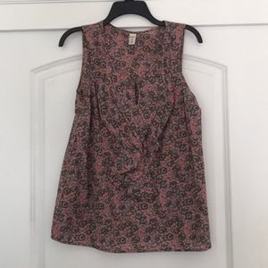 Old Navy Floral Tank Top with Ruffle Collar